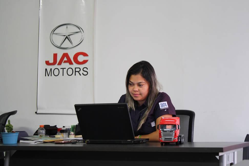 IMG_5331Imagen Galería Jac Motors de Venezuela