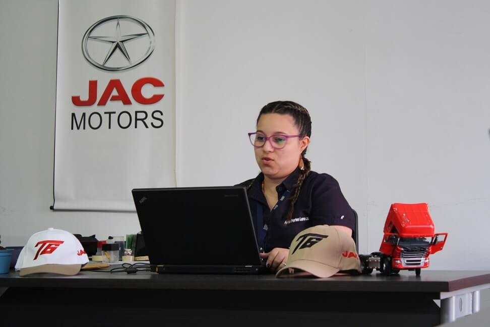 IMG_5337Imagen Galería Jac Motors de Venezuela